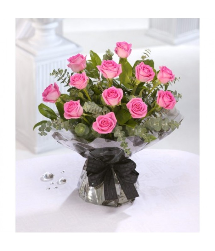 12 pink roses Valentines bouquet